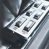 1968 Continental Mark III power windows