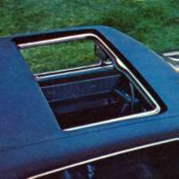 1972 Continental Mark IV - sunroof - optional