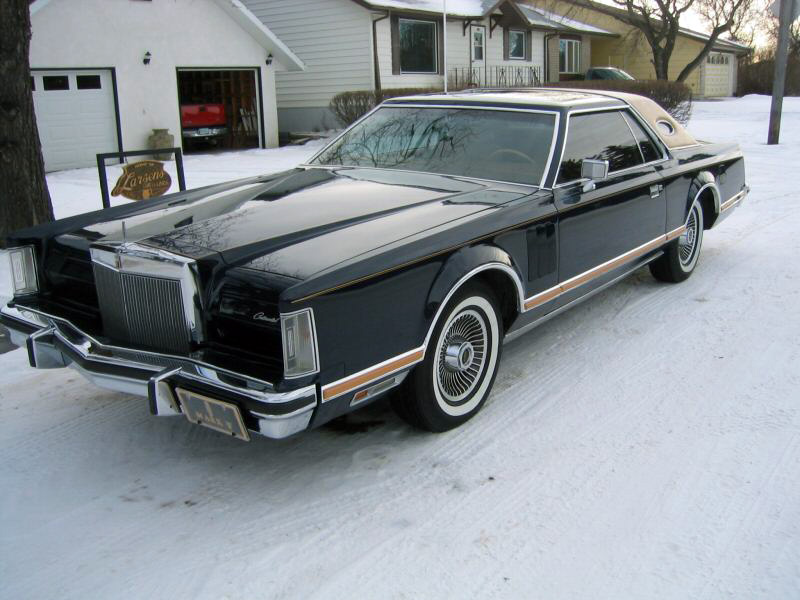 1977 Continental Mark V Bill Blass w/Landau vinyl roof