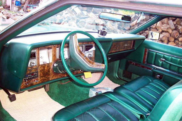 1977 Continental Mark V Givenchy w/leather interior