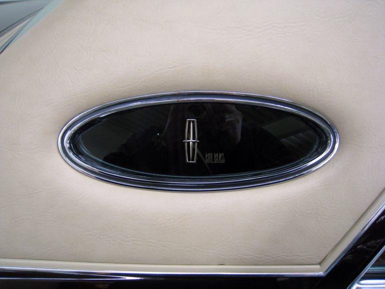 1978 Continental Mark V Bill Blass opera window