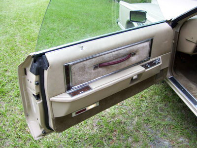 1978 Continental Mark V Cartier door panel w/cloth interior