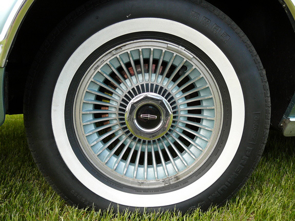 "1978 Continental Mark V Diamond Jubilee Edition color keyed wheels w/1.3"" white wide band"