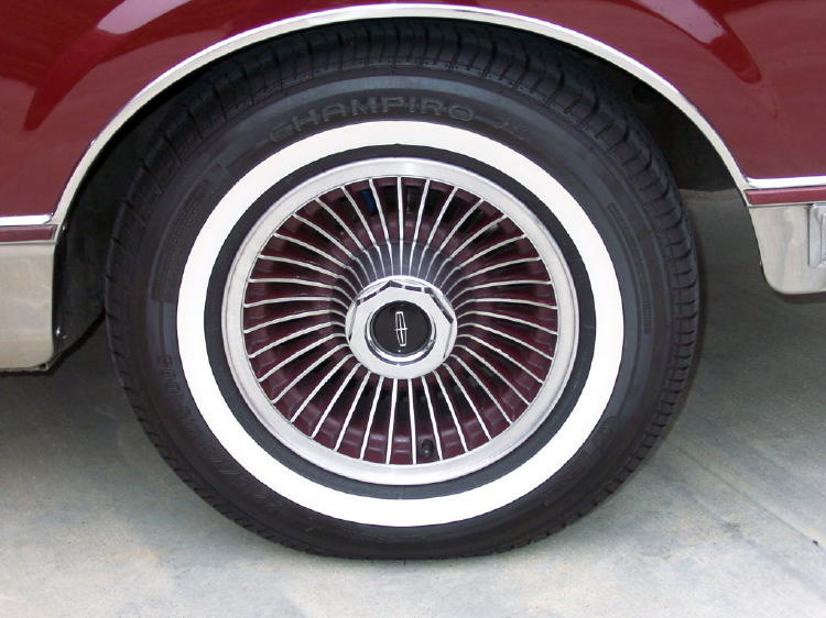 1980 Continental Mark VI Signature Series color keyed turbine spoke wheels