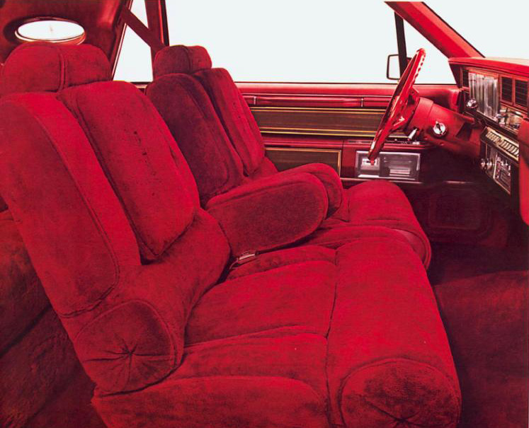 1980 Continental Mark VI Signature Series w/common velour interior