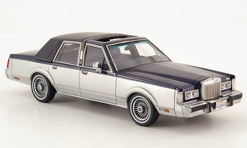 Neo / American Excellence - 1986 Lincoln Town Car two tone blue/silver