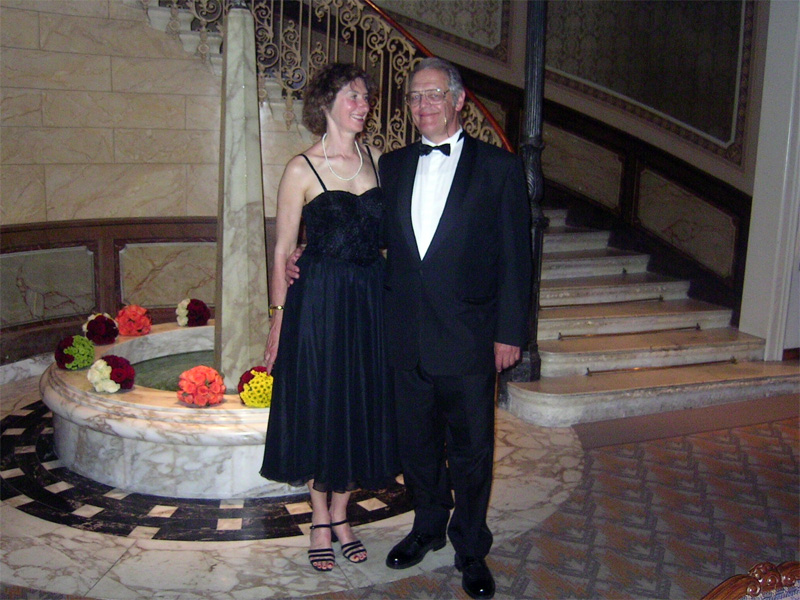 President of Lincoln & Continental Club LCCE - Theo Rais with wife Christine